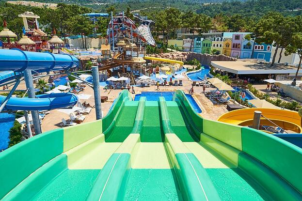 water-park-4520229_1280
